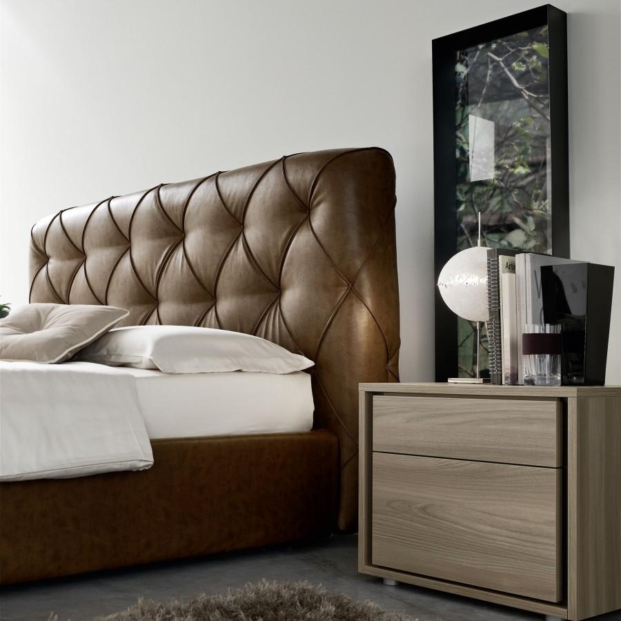 Camera da letto classico con testiera imbottito in ecopelle ...