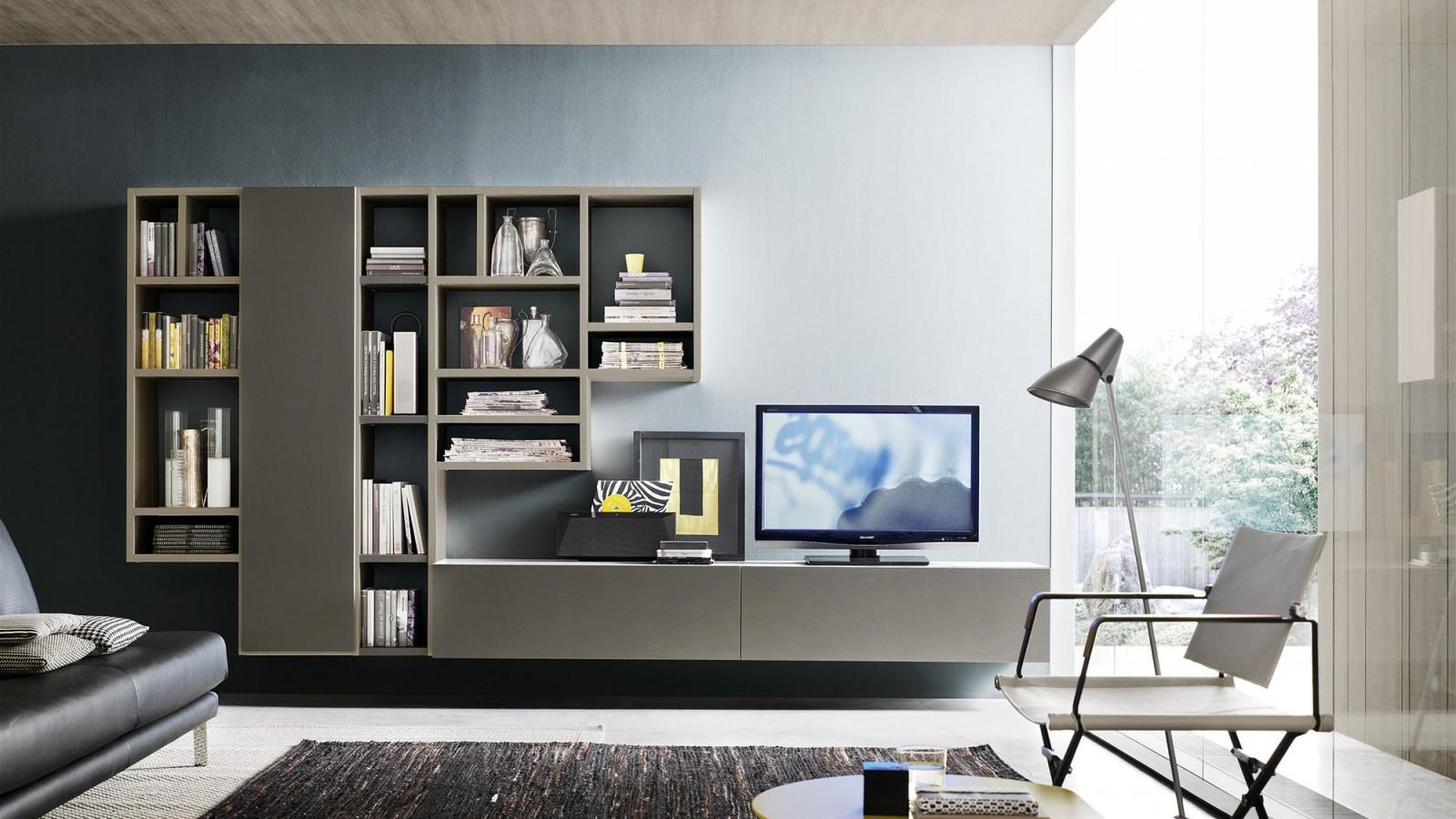 Soggiorno libreria componibile e moduli sospesi di alto design